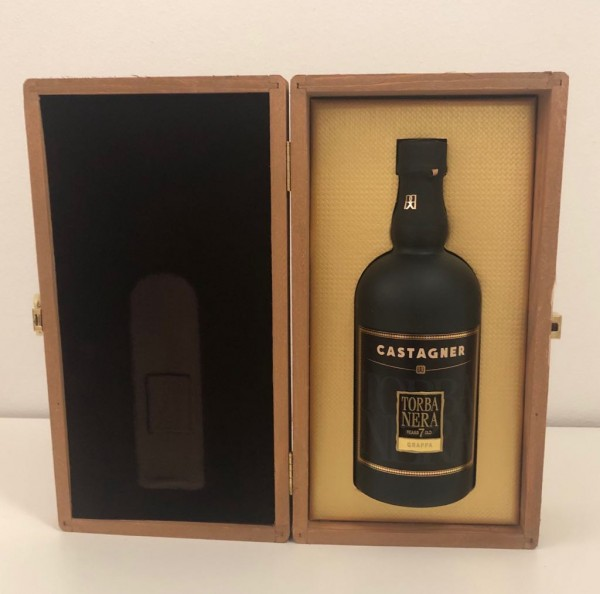 Castagner - Grappa Torba Nera 7 anni in Holzkiste